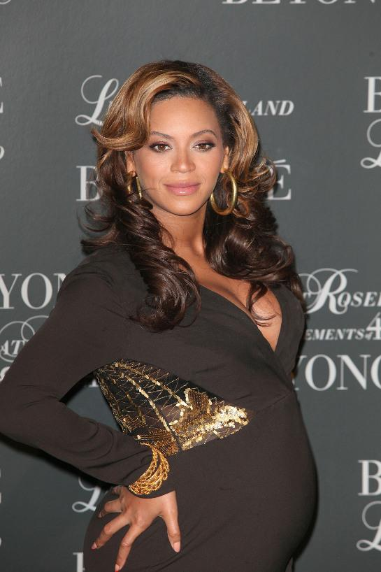 As 2011 comes to a close, Beyonce has her sights set on a very important ...
