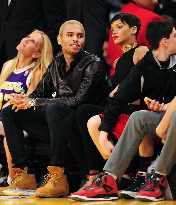 Chris Brown This Christmas.Rihanna Chris Brown Spend Christmas Together At Lakers
