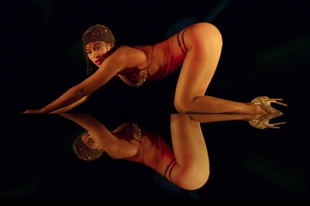 Beyonce New Album_2.jpg
