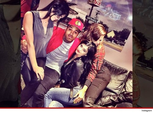 1206-chris-brown-kardashians-instagram-4